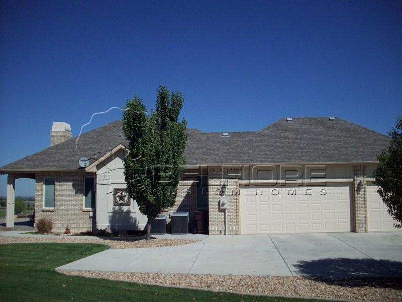Belfiore portfolio custom home at eagle ranch estates for Custom ranch home builders maryland
